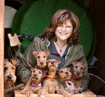 Susan, Tara and her puppies